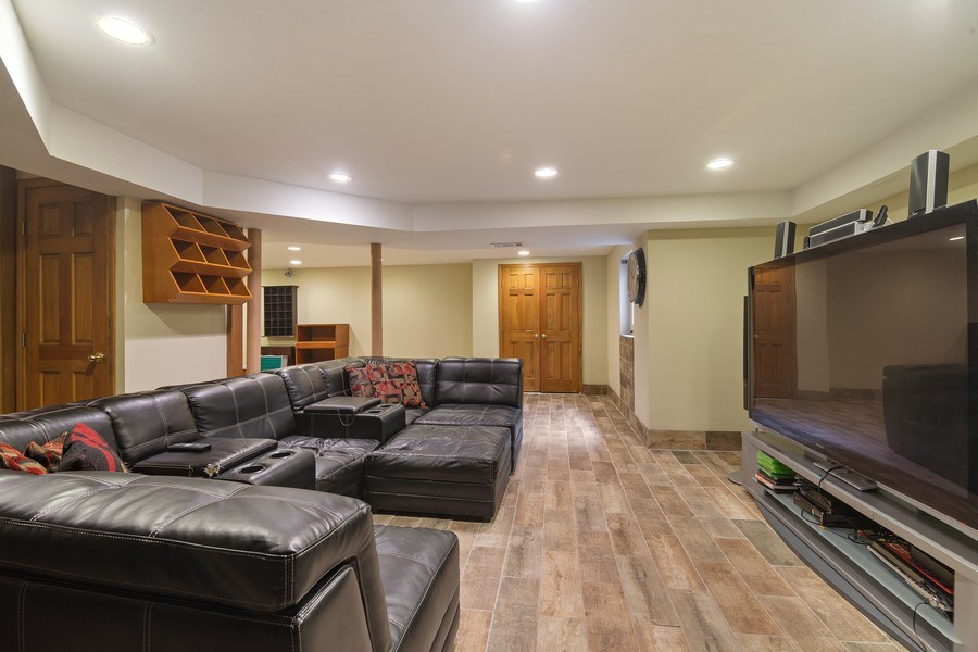 Real Estate Photography - 1224 Brook Ln, Glenview, IL, 60025 - Rec Room