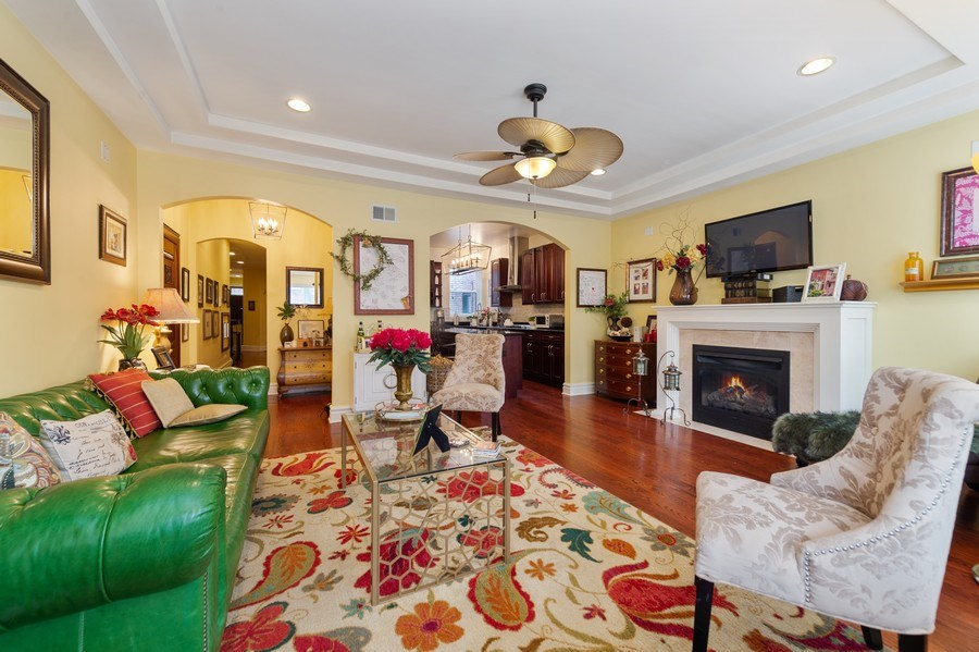 Real Estate Photography - 840 E 52Nd Street, 1E, Chicago, IL, 60615 - Living Room