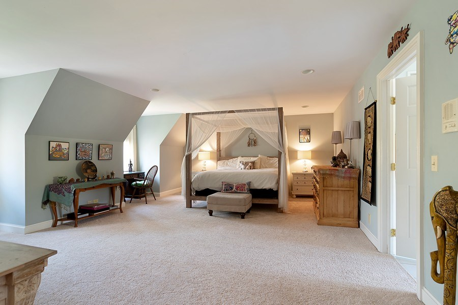 Real Estate Photography - 1390 Kathryn Ln, Lake Forest, IL, 60045 - 3rd Bedroom