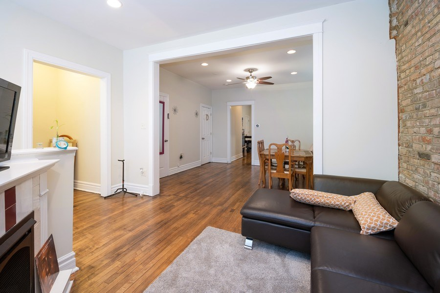 Real Estate Photography - 901 N Francisco Ave, Chicago, IL, 60622 - Living / Dining Room Unit 1F Duplex Down