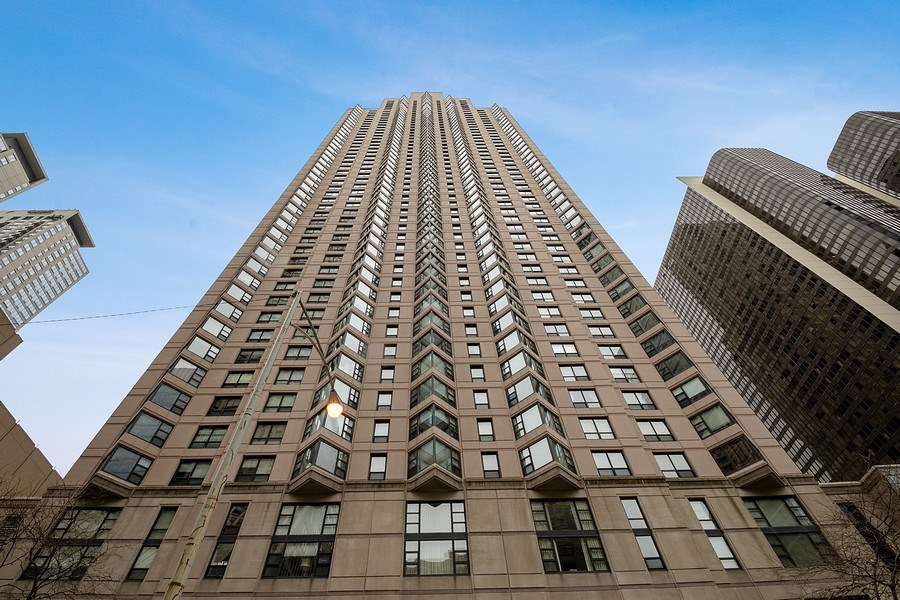 Real Estate Photography - 401 E Ontario St #3207, Chicago, IL, 60611 - Front View