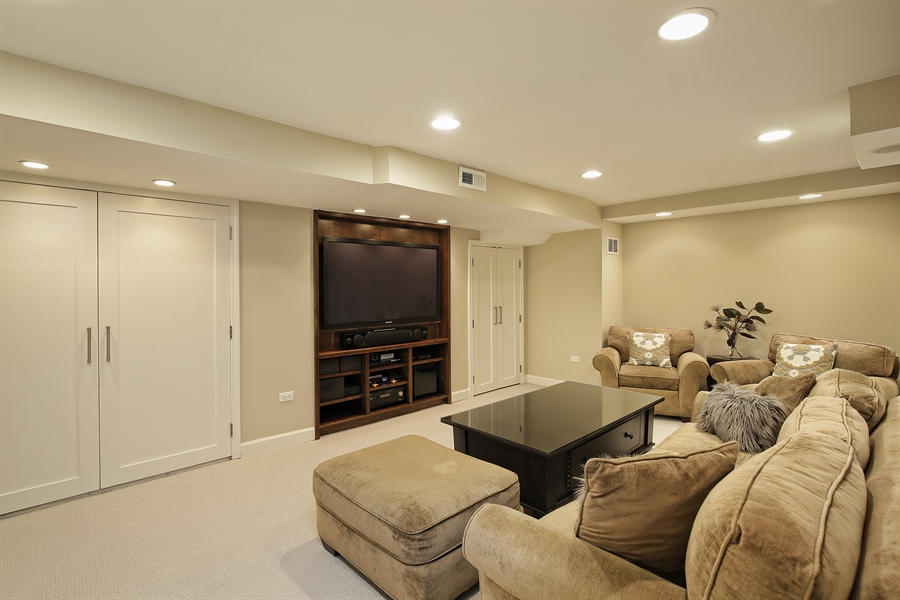 Real Estate Photography - 339 N Deere Park Dr W, Highland Park, IL, 60035 - Recreation Room