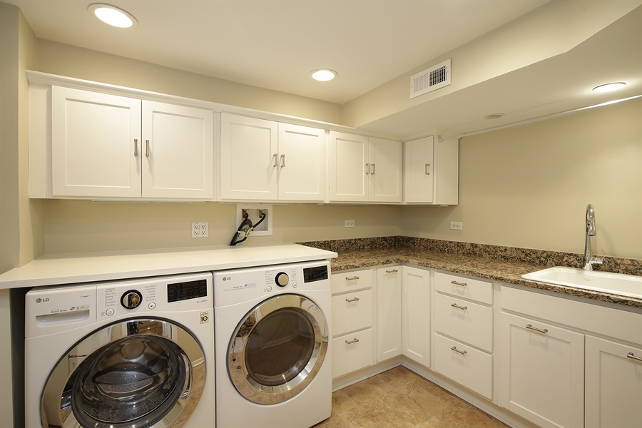 Real Estate Photography - 339 N Deere Park Dr W, Highland Park, IL, 60035 - Laundry Room