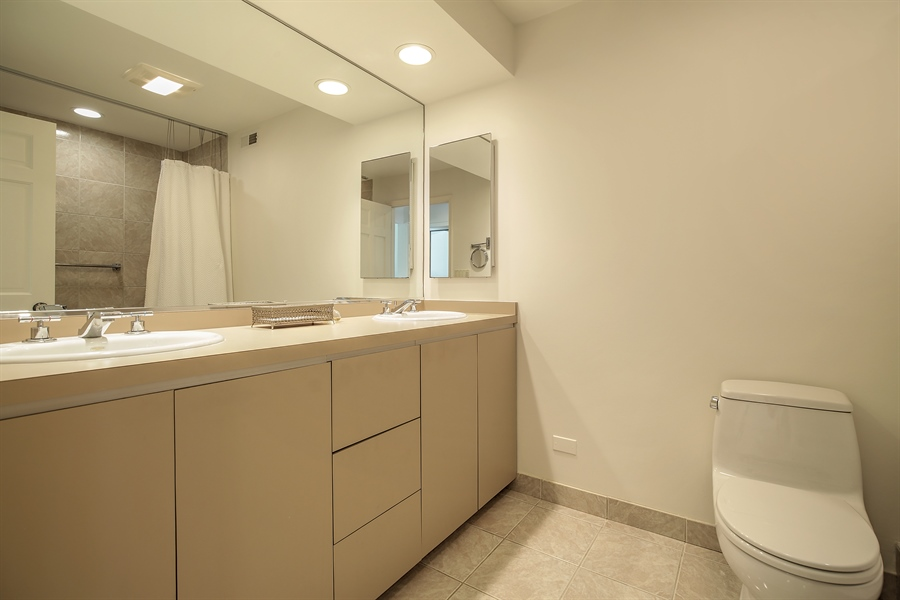 Real Estate Photography - 339 N Deere Park Dr W, Highland Park, IL, 60035 - En-Suite Bathroom