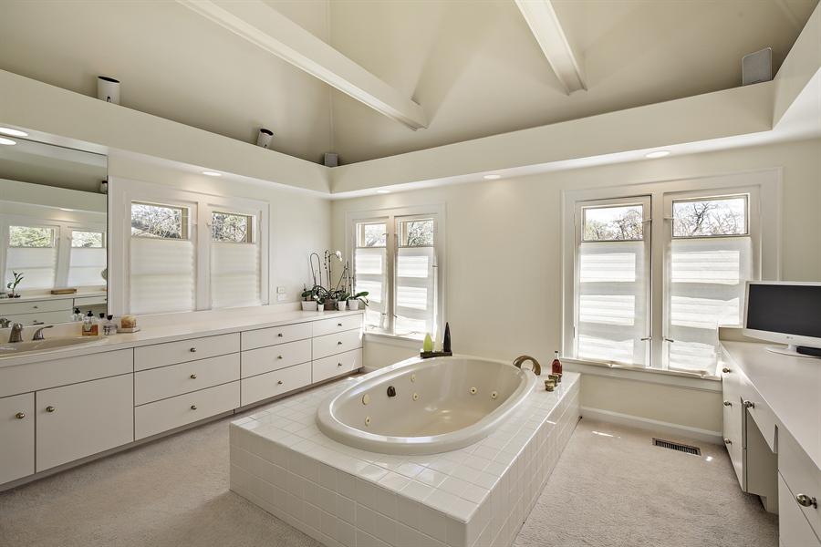 Real Estate Photography - 339 N Deere Park Dr W, Highland Park, IL, 60035 - Master Bathroom