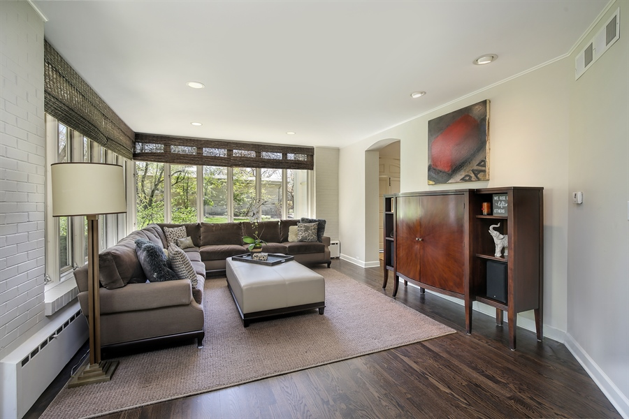 Real Estate Photography - 339 N Deere Park Dr W, Highland Park, IL, 60035 - Family Room