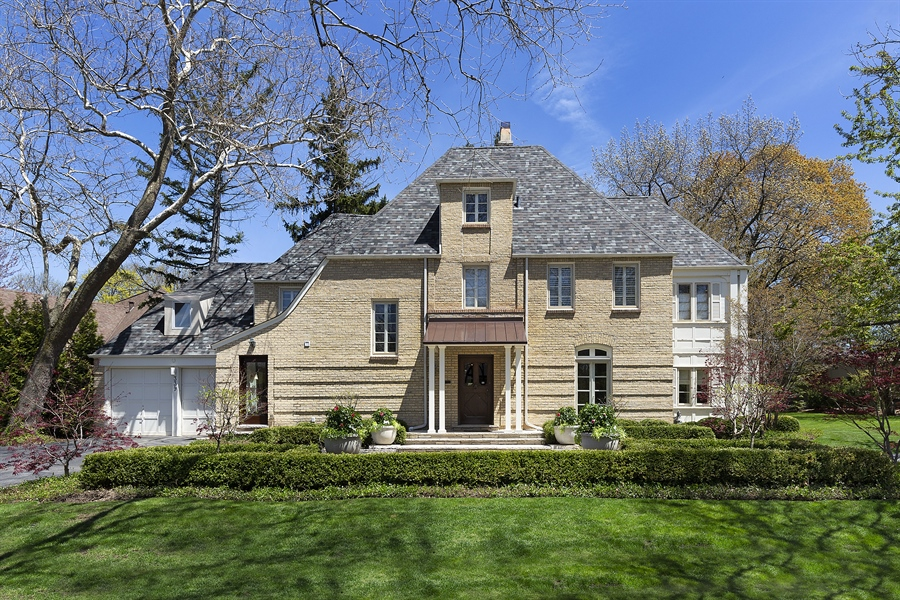 Real Estate Photography - 339 N Deere Park Dr W, Highland Park, IL, 60035 - Front View