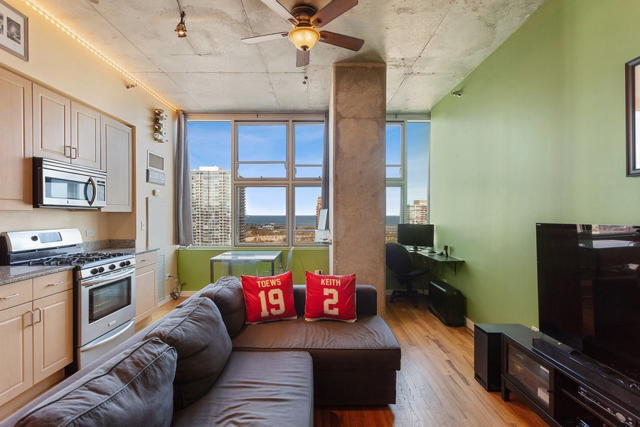 Real Estate Photography - 1720 S. Michigan, #1907, Chicago, IL, 60616 - Living Room