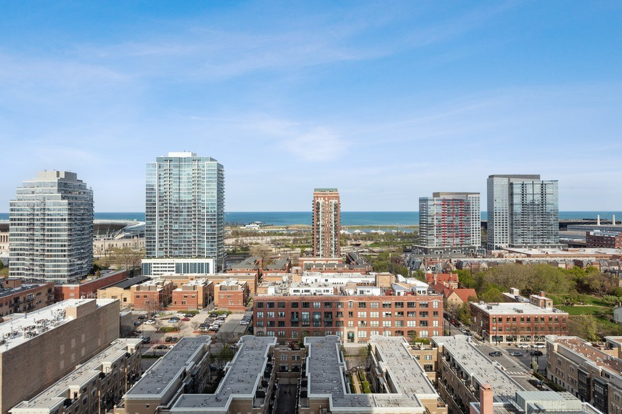 Real Estate Photography - 1720 S. Michigan, #1907, Chicago, IL, 60616 - View