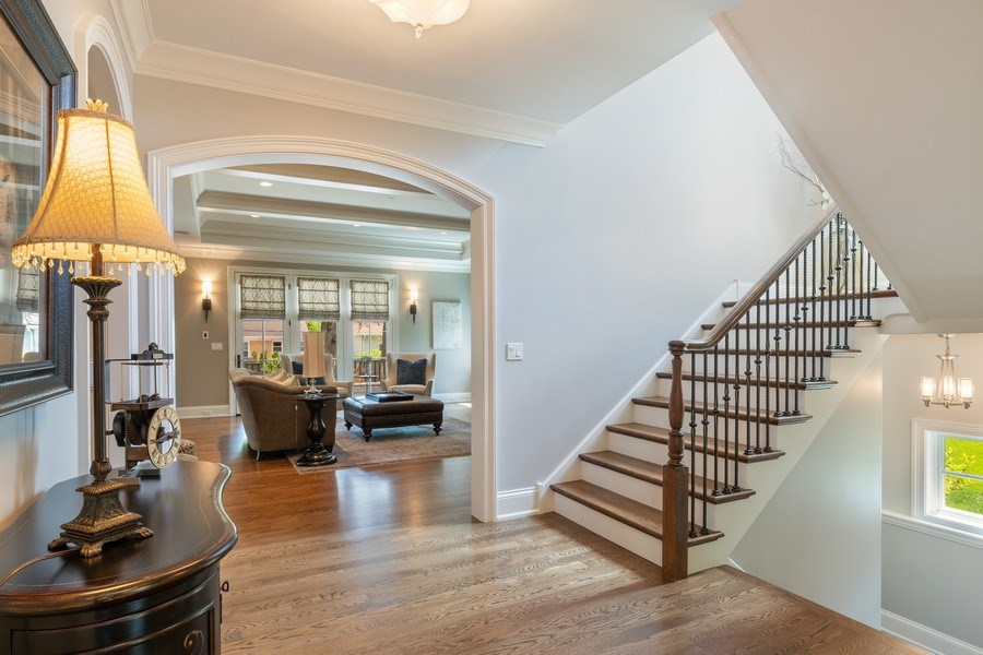 Real Estate Photography - 813 S Dunton Ave, Arlington Heights, IL, 60005 - Foyer