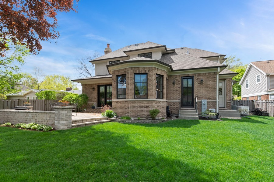 Real Estate Photography - 813 S Dunton Ave, Arlington Heights, IL, 60005 - Rear View