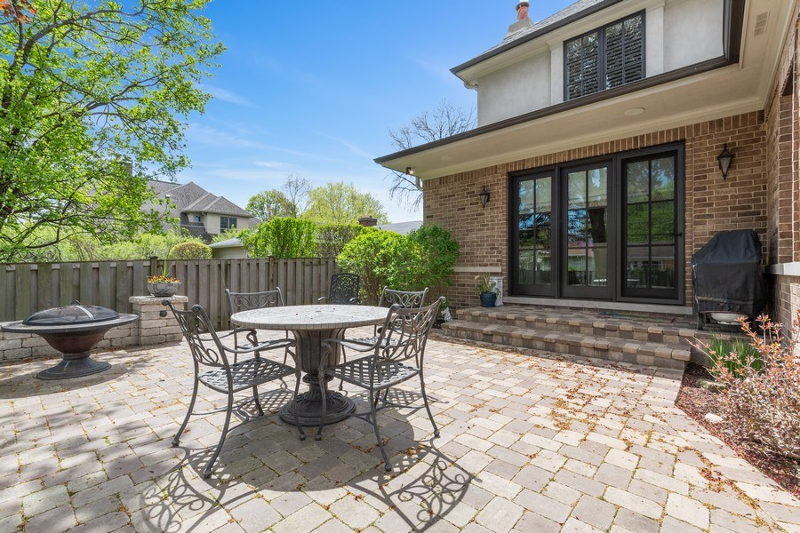 Real Estate Photography - 813 S Dunton Ave, Arlington Heights, IL, 60005 - Patio