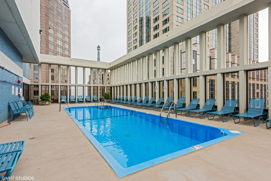 Real Estate Photography - 100 E Walton St, #18A, Chicago, IL, 60611 - Rooftop Pool