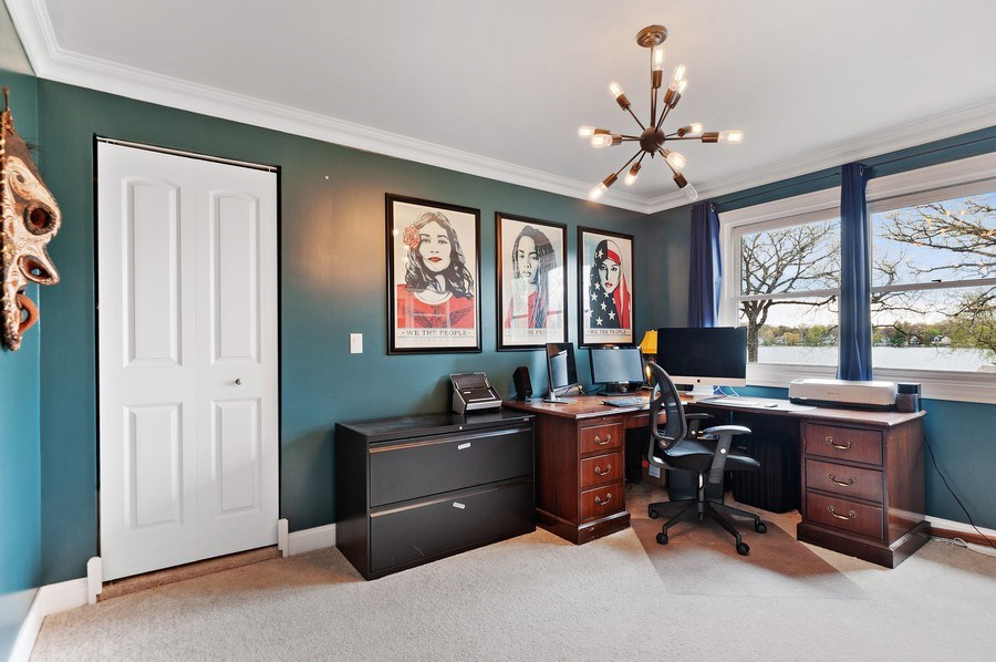 Real Estate Photography - 225 Bluff Ave., Grayslake, IL, 60030 - Office