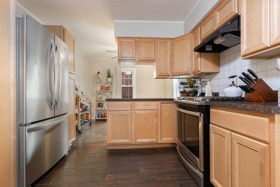 Real Estate Photography - 5234 S MASON AVENUE, Chicago, IL, 60638 - Kitchen