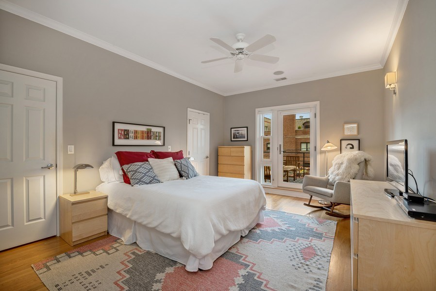Real Estate Photography - 3839 N Southport Ave, #2, Chicago, IL, 60613 - Master Bedroom