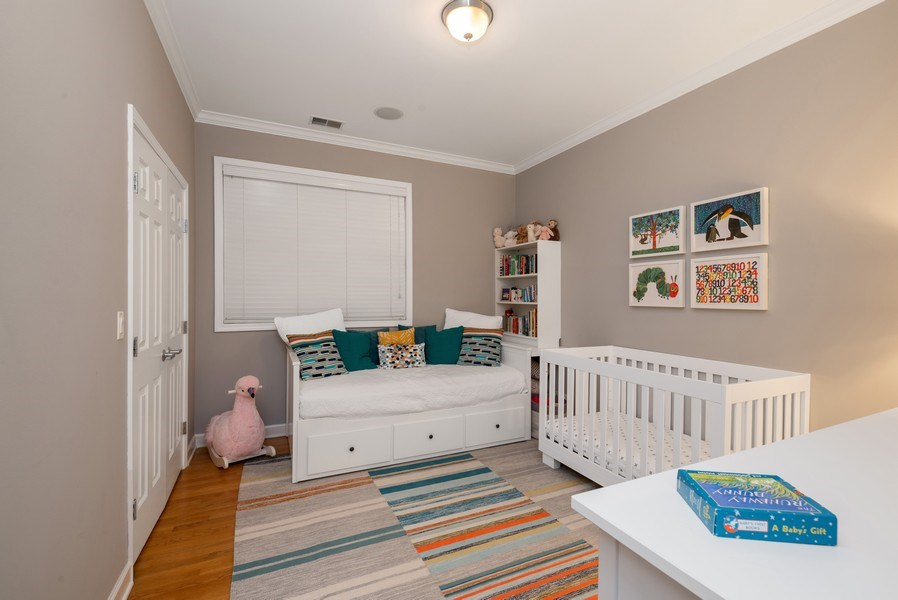 Real Estate Photography - 3839 N Southport Ave, #2, Chicago, IL, 60613 - 2nd Bedroom