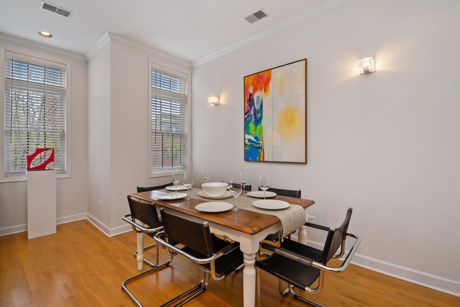 Real Estate Photography - 3839 N Southport Ave, #2, Chicago, IL, 60613 - Dining Room