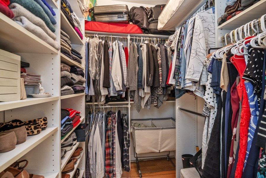 Real Estate Photography - 3839 N Southport Ave, #2, Chicago, IL, 60613 - Master Bedroom Closet