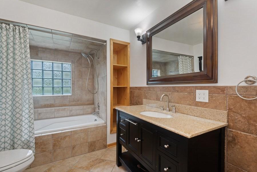 Real Estate Photography - 4679 Wil-O-Paw Drive, Coloma, MI, 49038 - Bathroom