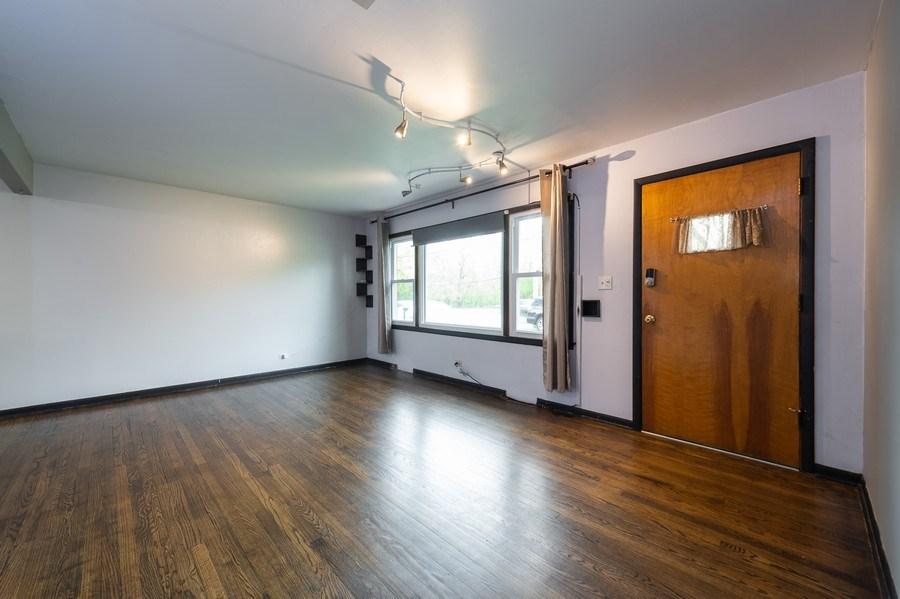 Real Estate Photography - 454 S. Villa Ave, Addison, IL, 60101 - Living Room