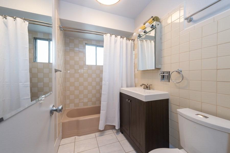 Real Estate Photography - 454 S. Villa Ave, Addison, IL, 60101 - Bathroom