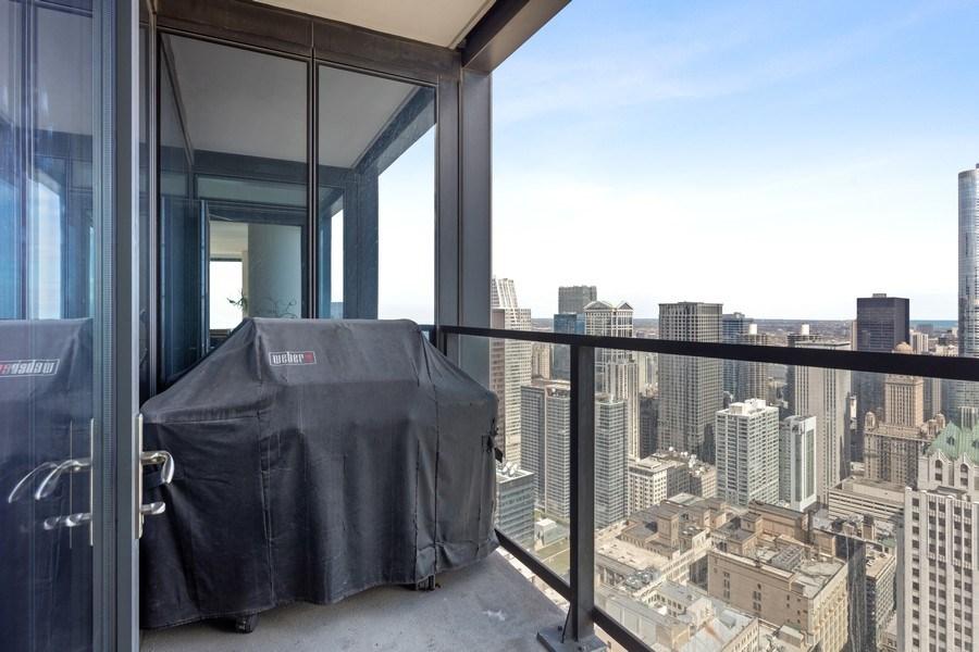 Real Estate Photography - 60 E Monroe unit 5801, Chicago, IL, 60603 - Balcony