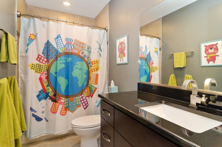Real Estate Photography - 2236 N Washtenaw Ave, Chicago, IL, 60647 - Bathroom