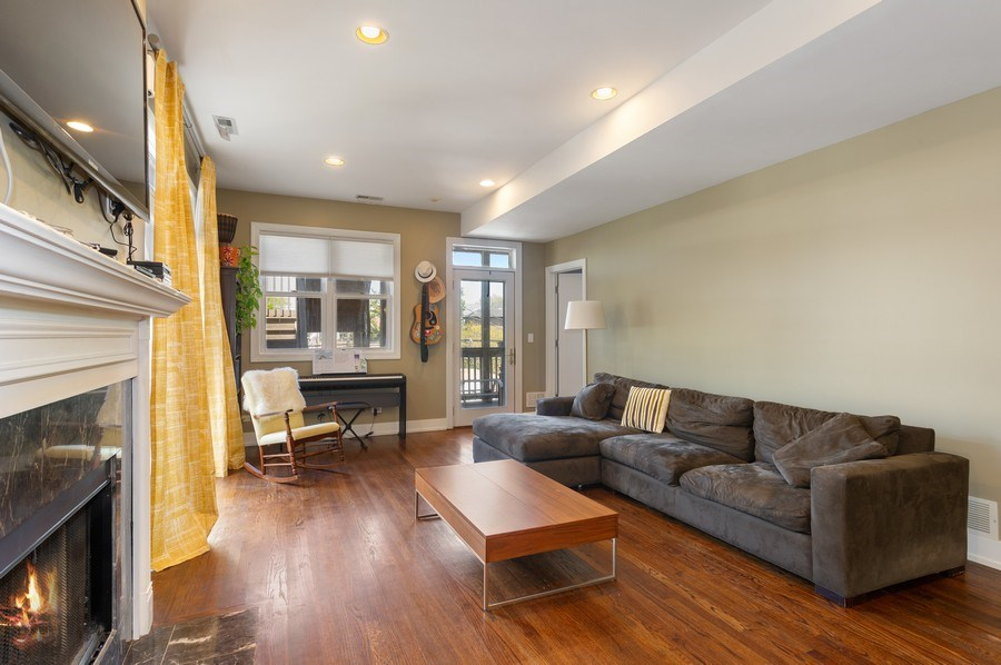 Real Estate Photography - 2146 W Addison, Unit 2, Chicago, IL, 60618 - Living Room