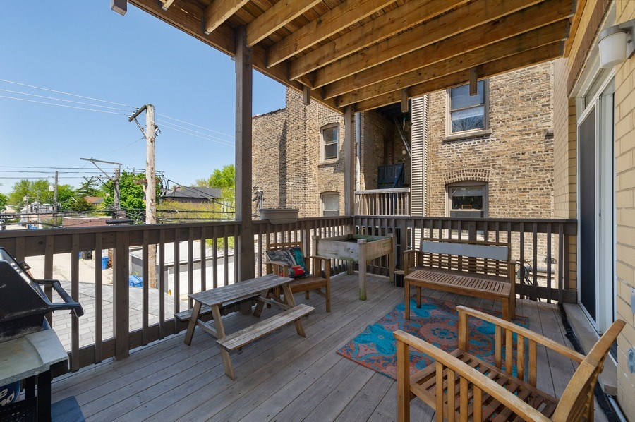 Real Estate Photography - 2146 W Addison, Unit 2, Chicago, IL, 60618 - Deck