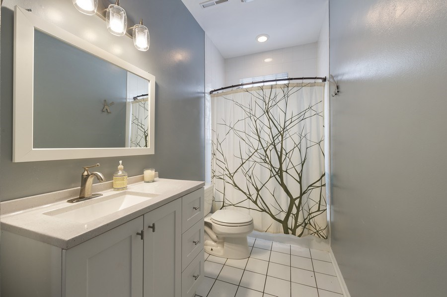 Real Estate Photography - 2146 W Addison, Unit 2, Chicago, IL, 60618 - 2nd Bathroom