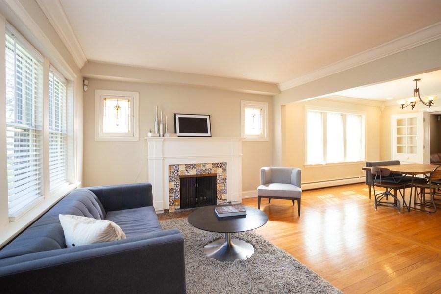 Real Estate Photography - 11 Gillick, Park Ridge, IL, 60068 - Living Room