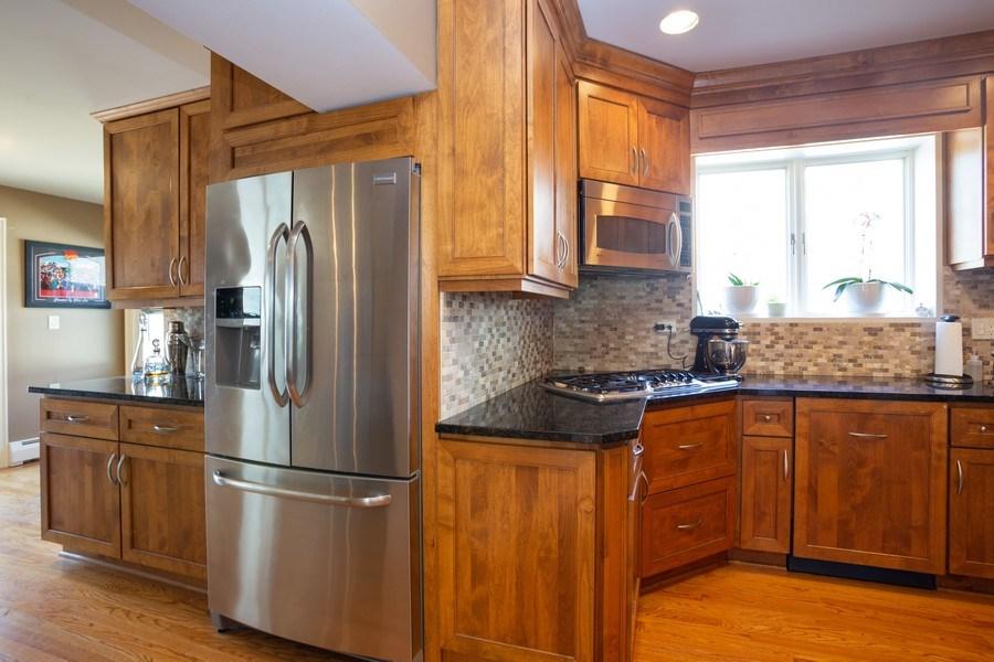 Real Estate Photography - 11 Gillick, Park Ridge, IL, 60068 - Kitchen