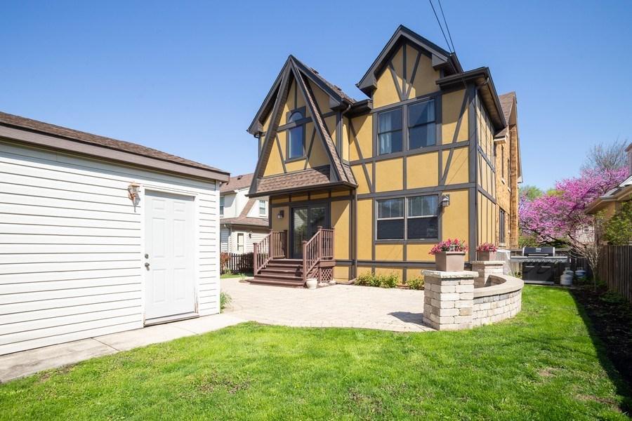 Real Estate Photography - 11 Gillick, Park Ridge, IL, 60068 - Rear View