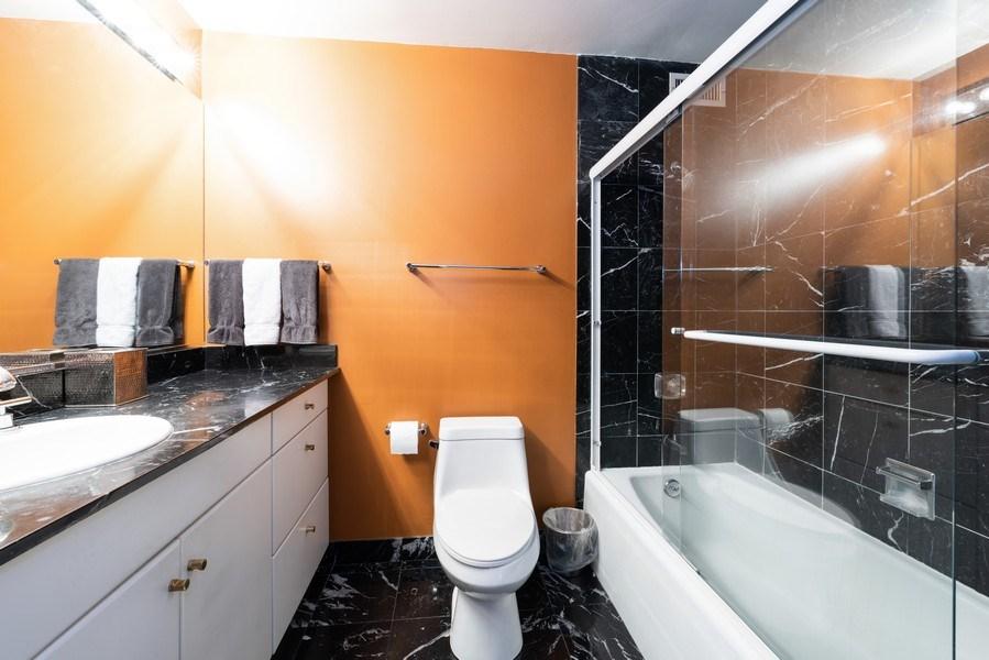 Real Estate Photography - 360 E RandolphSt., #3305, Chicago, IL, 60601 - Master Bathroom