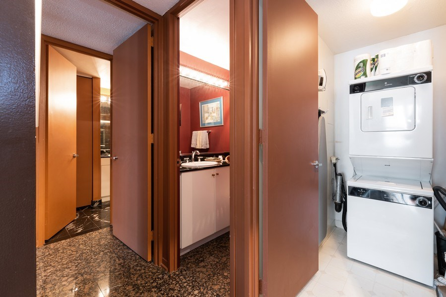 Real Estate Photography - 360 E RandolphSt., #3305, Chicago, IL, 60601 - Laundry Room