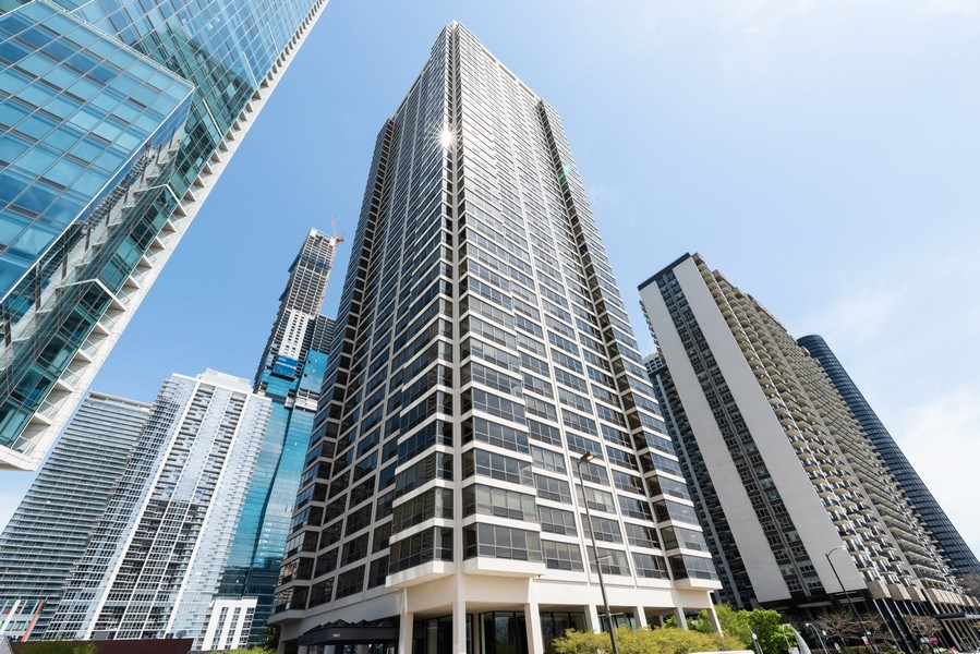 Real Estate Photography - 360 E RandolphSt., #3305, Chicago, IL, 60601 - Front View
