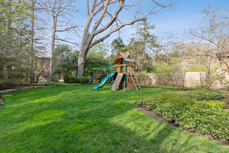 Real Estate Photography - 991 Marion, Highland Park, IL, 60035 - Back Yard