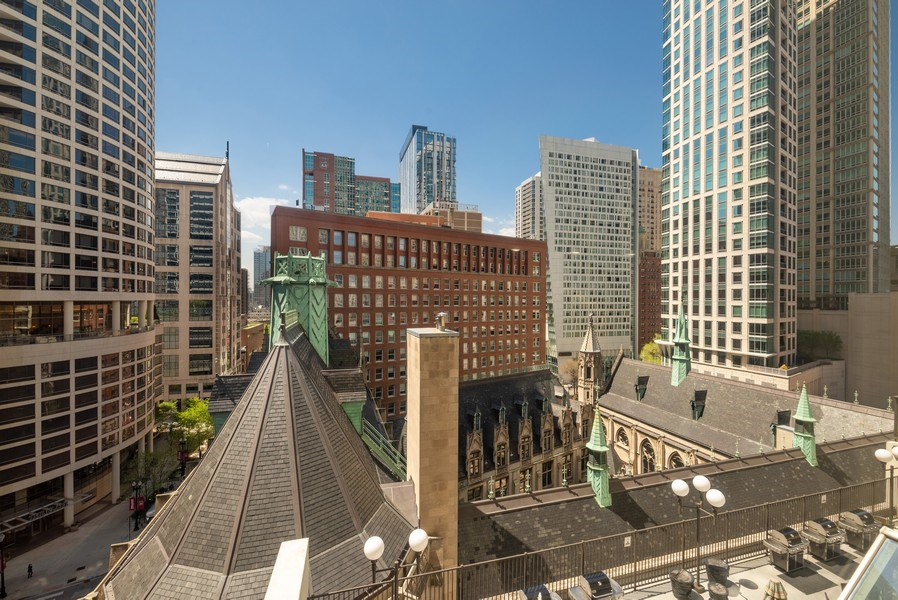 Real Estate Photography - 111 E Chestnut, #11J, Chicago, IL, 60611 - View