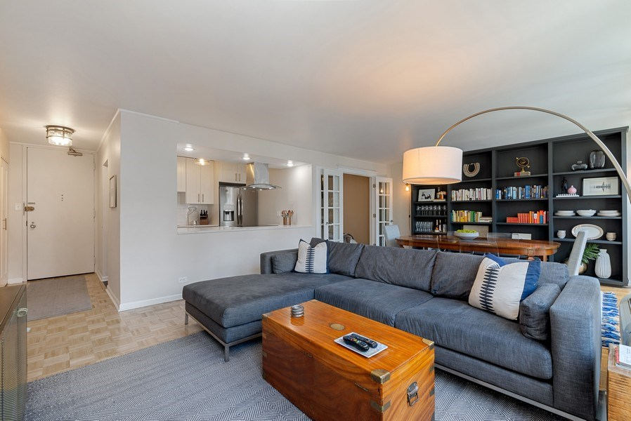 Real Estate Photography - 111 E Chestnut, #11J, Chicago, IL, 60611 - Great Room