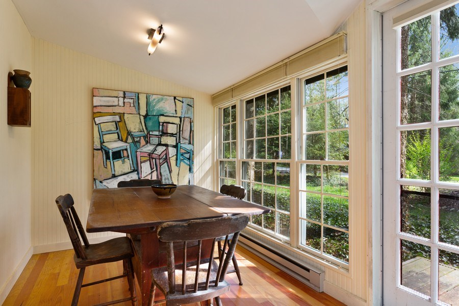 Real Estate Photography - 9217 Shady Ln, Lakeside, MI, 49116 - Dining Room