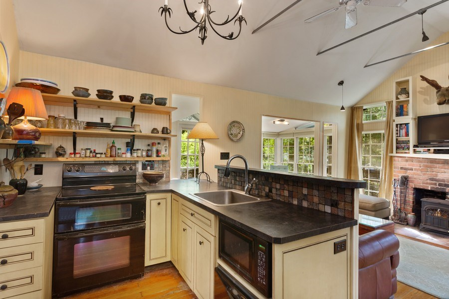 Real Estate Photography - 9217 Shady Ln, Lakeside, MI, 49116 - Kitchen