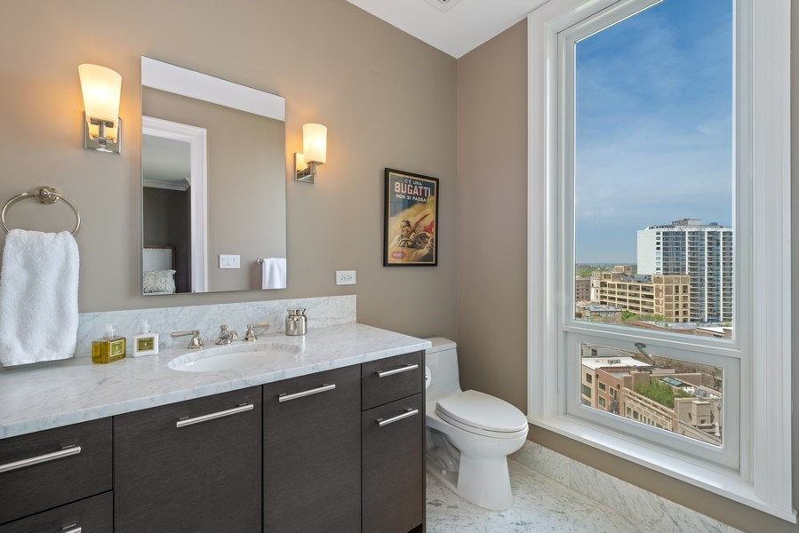 Real Estate Photography - 2550 N Lakeview Ave, Unit S1201, Chicago, IL, 60614 - 3rd Bathroom