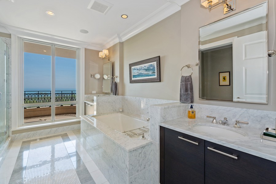 Real Estate Photography - 2550 N Lakeview Ave, Unit S1201, Chicago, IL, 60614 - Master Bathroom