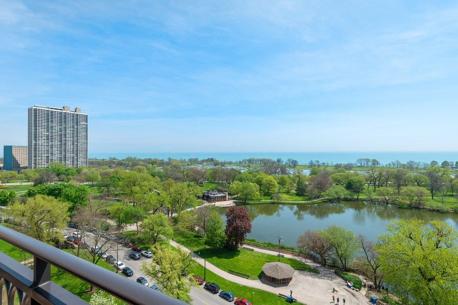 Real Estate Photography - 2550 N Lakeview Ave, Unit S1201, Chicago, IL, 60614 - View
