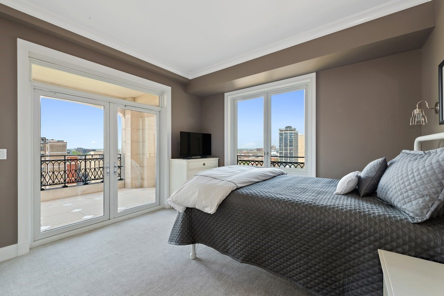 Real Estate Photography - 2550 N Lakeview Ave, Unit S1201, Chicago, IL, 60614 - 2nd Bedroom