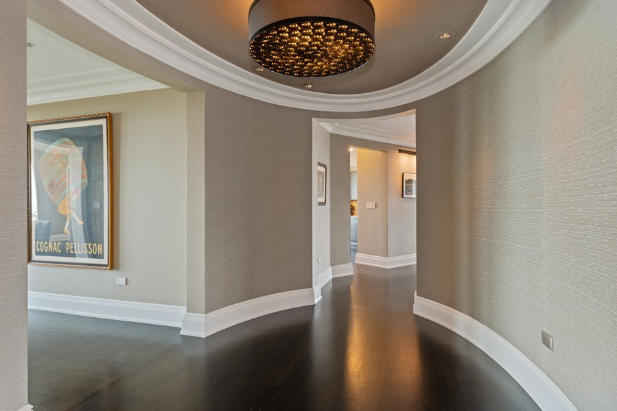 Real Estate Photography - 2550 N Lakeview Ave, Unit S1201, Chicago, IL, 60614 - Foyer