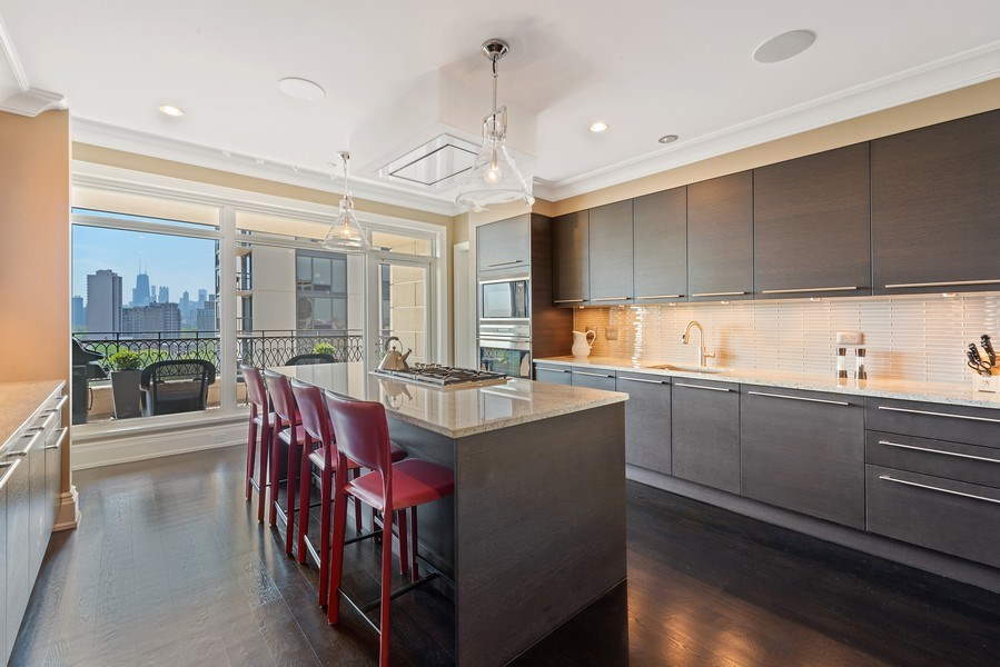 Real Estate Photography - 2550 N Lakeview Ave, Unit S1201, Chicago, IL, 60614 - Kitchen