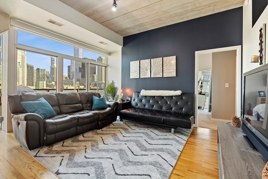 Real Estate Photography - 630 N Franklin St, 809, Chicago, IL, 60654 - Living Room