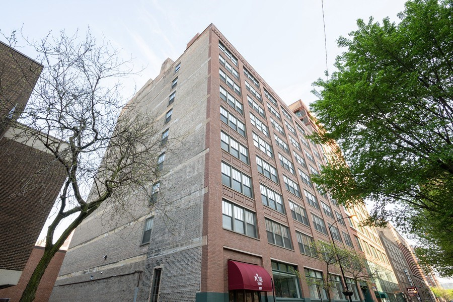 Real Estate Photography - 621 S Plymouth, Unit 602, Chicago, IL, 60605 - Front View